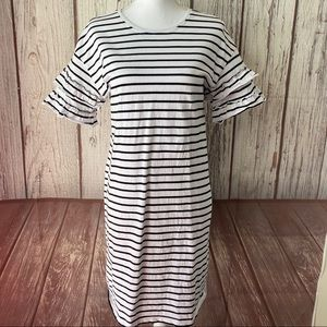 Adrianna Papell White with black striped dress Med